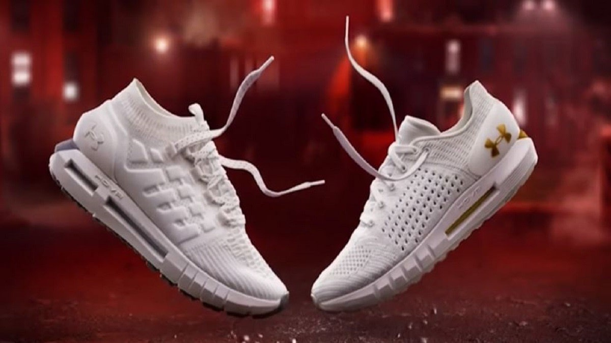 What are the best sneakers for flat feet